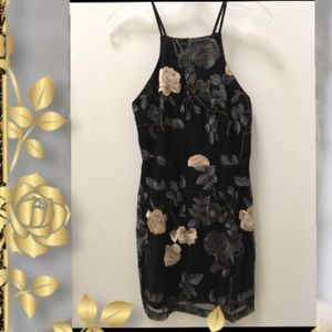 Mystic Los Angeles floral embroidered dress Sz. S